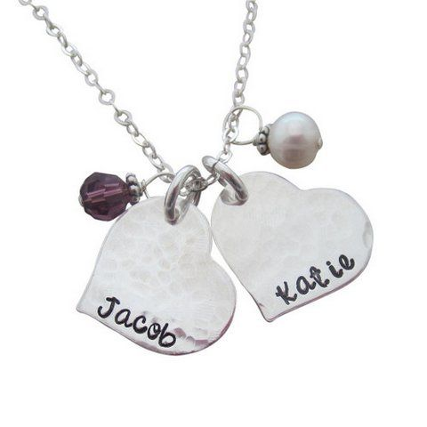 Hammered Heart Personalized Mom Necklace.   Visit My Retro Baby for  personalized jewelry for moms TODAY!   Perfect gift for Valentine's Day!