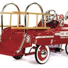 deluxe fire truck classic pedal car